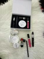 Dior 5in1 makeup Set (Free Pos)